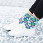 Na dobry dzień polecają się kolorowe kropki! 🙌🏻 . . . . #dots #color #socks #moresocks #cotton #cottonsocks #ilovesocks #girl #saturday #summerinthecity
