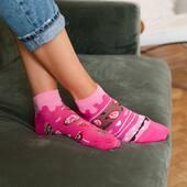 Wygląda na to, że stworzyliśmy skarpetki, które chciałoby się zjeść... 🍭 . . . . #socks #moresocks #skarpetkimore #more #mismatched #mismatchedsocks #stopki #socksgirl #pink #ilovesocks #spring #wiosnawdomu #weekend