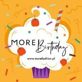 Każdy uwielbia świętować urodziny, my także! Przyłączysz się? Na naszym torcie urodzinowym zdmuchniemy dziś 7 świeczek!  Jak zawsze mamy jedno życzenie: niech skarpetki MORE po prostu dobrze się noszą i wywołują uśmiech na Waszych twarzach! 🧡  PS Świętuj z nami i ciesz się darmową dostawą od dzisiaj do niedzieli! 🙌 . . . . #happybirthday #urodziny #7 #moresocks #more #flaming #tort #skarpetki #skarpetkimore #socks #color #fun #mismatchedsocks