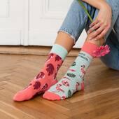Kochacie flamingi? 🦩 My bardzo, a dziś jest idealny dzień na te skarpetki 🙌🏻 . . . . #moresocks #more #socks #skarpetki #socksgirl #flaming #flamingo #mismatched #mismatchedsocks #niedopary #wiosnawdomu #springvibes #ınstagirl