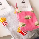Skarpetki, które chciałoby się zjeść... 🙃 . . . . #moresocks #more #socks #skarpetki #cotton #sandwich #fries #fastfood #logo #flaming #kolacja